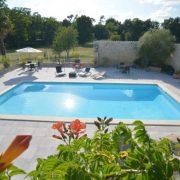 piscine exterieure segondignac